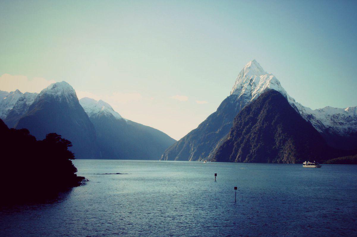 Découvrez une des plus beaux endroits de la Nouvelle-Zélande : le Milford Sound !